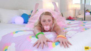 DeepThroatSirens 2020 12 21 Dixie Lynn – Dixie Always Needs Something In Her Mouth
